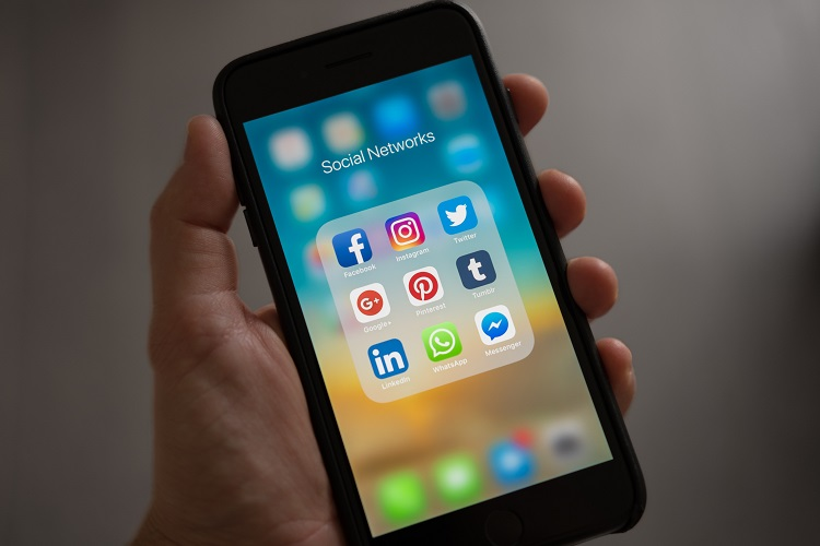 Social Media Heaven for Junior Lawyers
