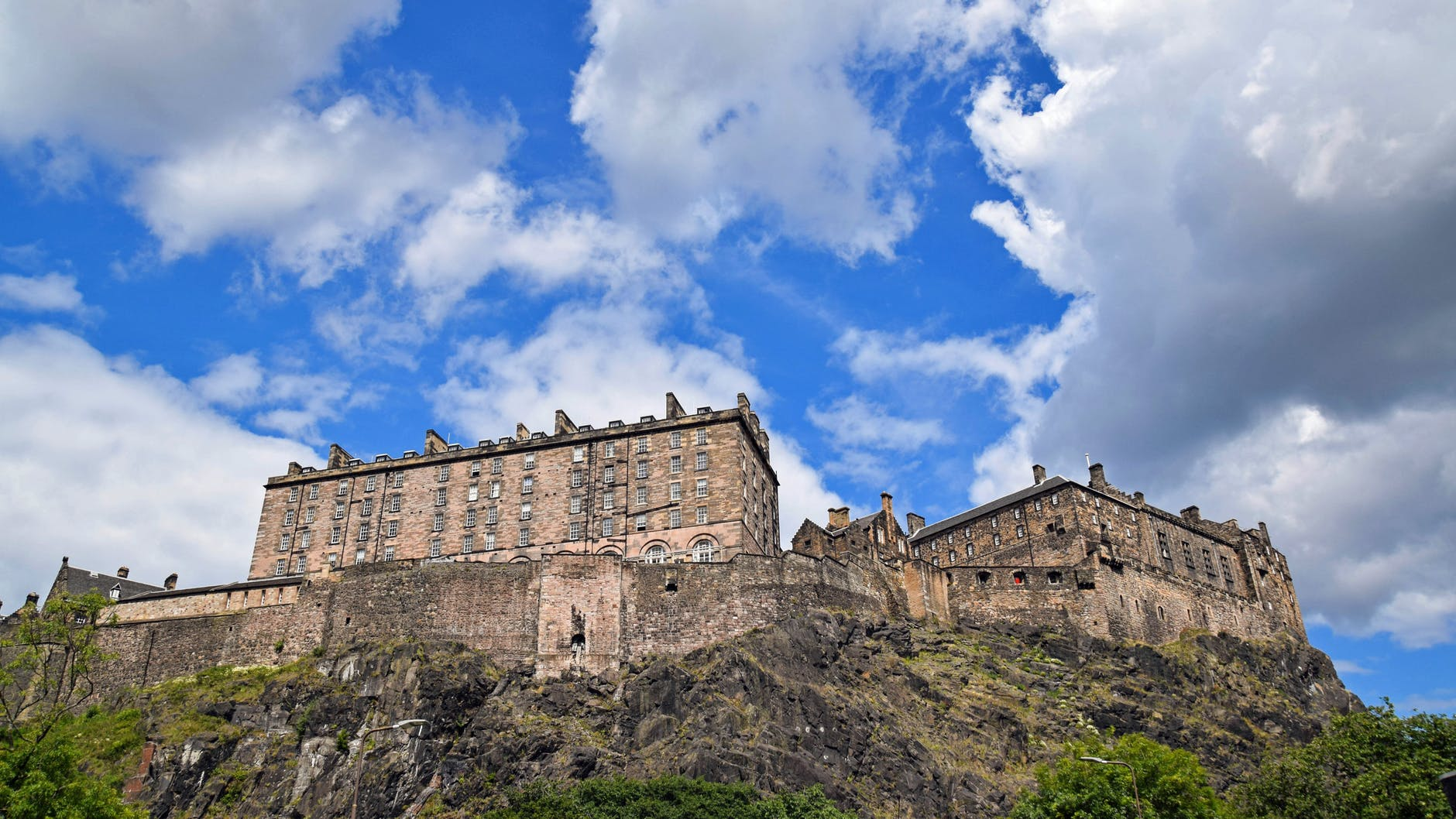 A Guide to Student Life in Edinburgh