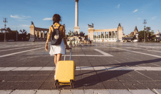 The ultimate packing guide for students moving abroad